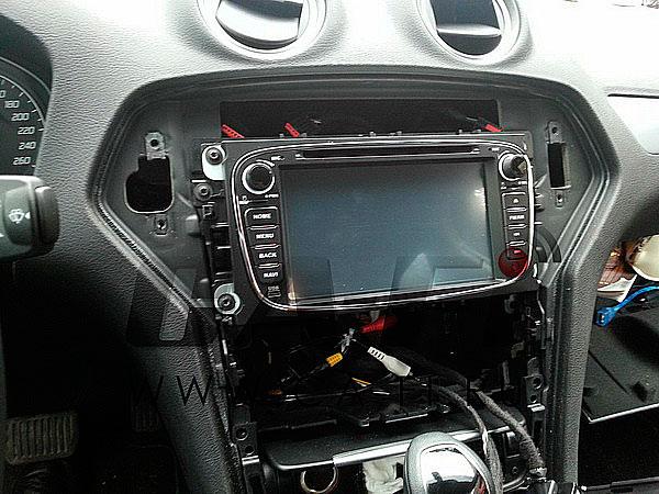 Пример установки Android автомагнитолы Ca Fi DashLinq DL700800 0034 в Ford Mondeo  