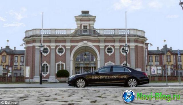 Беспилотный автомобиль Mercedes Benz будет доступен к 2020 году | электромобили программа навигации навигационная система Навигационная программа навигационная GPS платформа беспилотник Автомобильная навигация Mercedes Benz GPS устройства GPS навигация gps навигатор Daimler AG