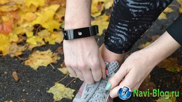 Фитнес браслет Uno Noteband получит функцию быстрых уведомлений |