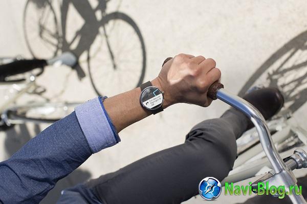 Представлены умные часы Motorola Moto 360 |